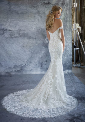 Load image into Gallery viewer, 8203-Mori Lee