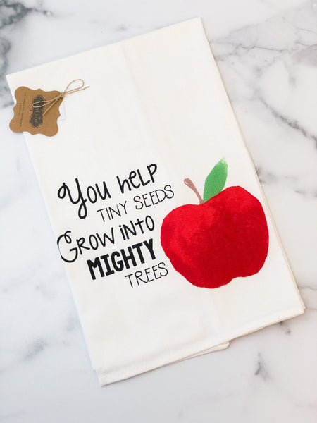 APPLE TEACHER TOWEL