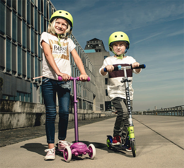 two wheel and three wheel kick scooter for children
