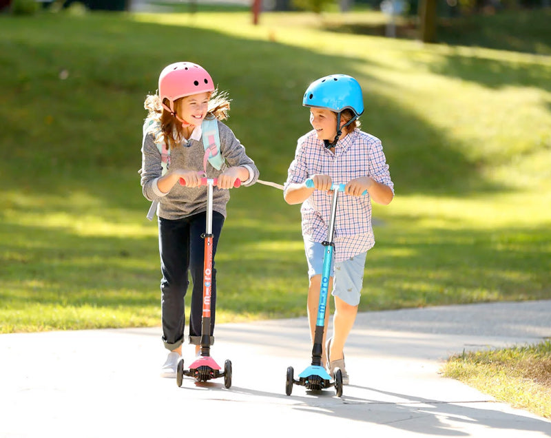 kids riding maxi micro foldable 3 wheel kick scooter