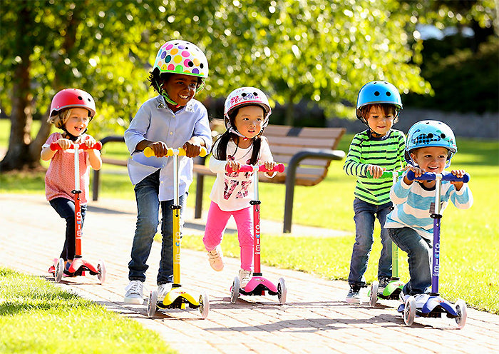 mini micro deluxe kick scooter singapore group of kids