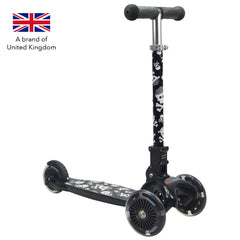 Kiddimoto U-Zoom Three Wheel Kick scooter - Skullz