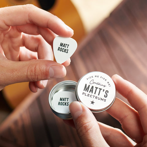 personalised guitar plectrum with the name 'Matt Rocks'