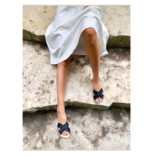 Load image into Gallery viewer, CAPRICE Sandal | Black