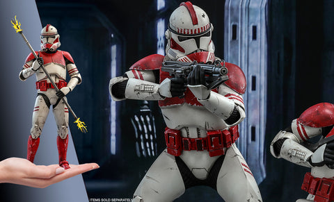 Hot Toys  Guard Clone Wars Sixth Scale Figure