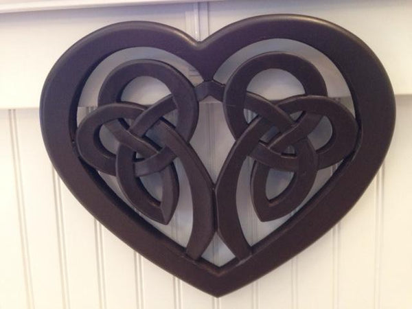 "16"" Celtic Heart Plaque"