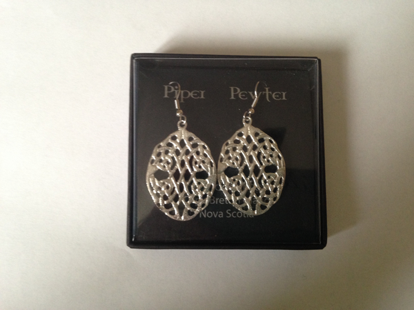 Large Celtic Round Earrings-ER32