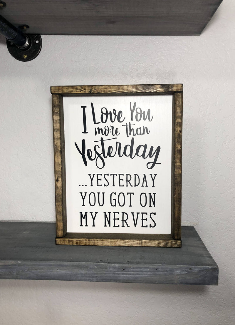 I love you more than yesterday / Couples Sign