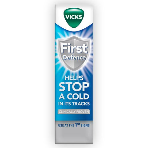 Vicks First Defence Nasal Spray 15ml - dolanschemist.ie