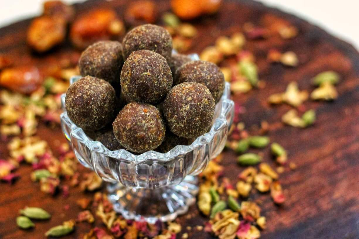 Flaxseed B12 Laddu - SampoornaAhara.com