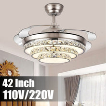 Laden Sie das Bild in den Galerie-Viewer, Invisible Luxury Crystal Ceiling Fan