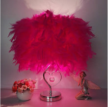 Load image into Gallery viewer, Modern Feathers Lamp