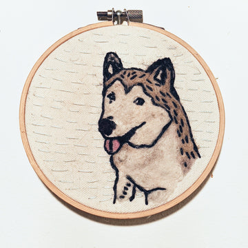 Maple the Malamute Needle Felted & Embroidered Hoop Art