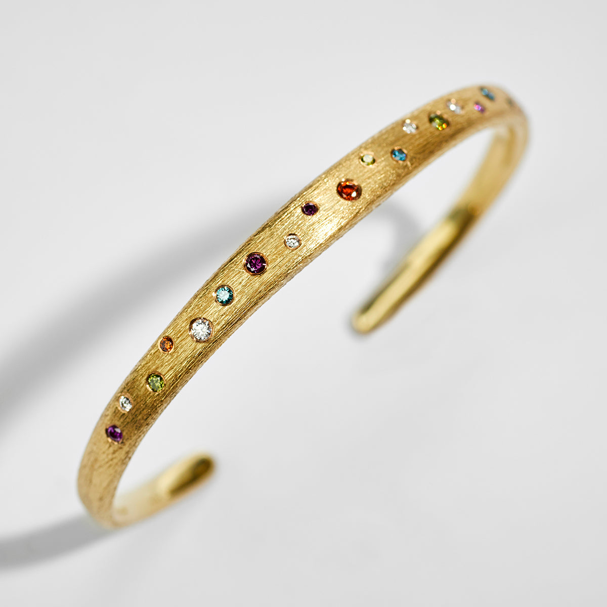 Incline Gold Bangle