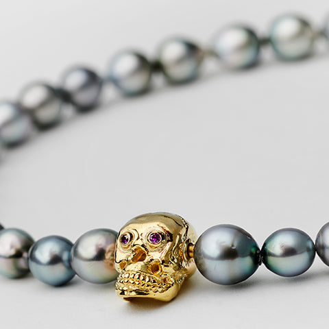 Tahiti Pearl Necklace with Skull Gold Lock