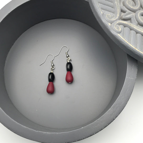 Black and Maroon Beaded Earrings