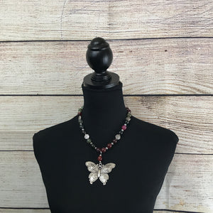 Jana Pink and Green Agate Necklace with Butterfly Pendant