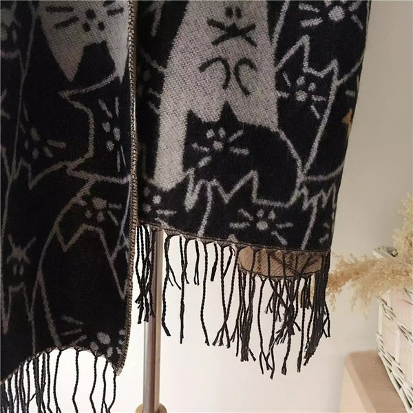 Cats Mania! Reversible Shawl
