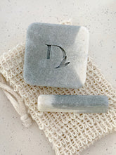 Load image into Gallery viewer, eucalyptus spearmint duo set. includes home bar, mini bar and loofah bag.