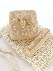 vanilla oat duo set. includes home bar, mini bar and loofah bag