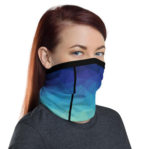 This Moda TRI Ocean facemask / neck gaiter is a versatile accessory that can be used as a face covering, headband, bandana, wristband, and neck warmer. Upgrade your accessory game and find a matching face shield for each of your outfits.