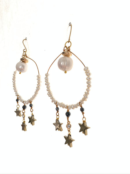 Hoop pearl and star earrings