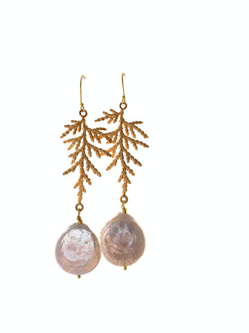 Round coin pearl earrings cedar leaf gold