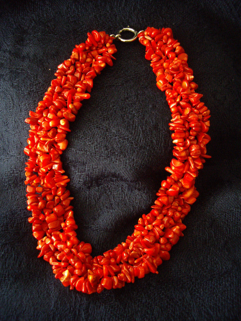 Natural Red Coral Chipped Necklace