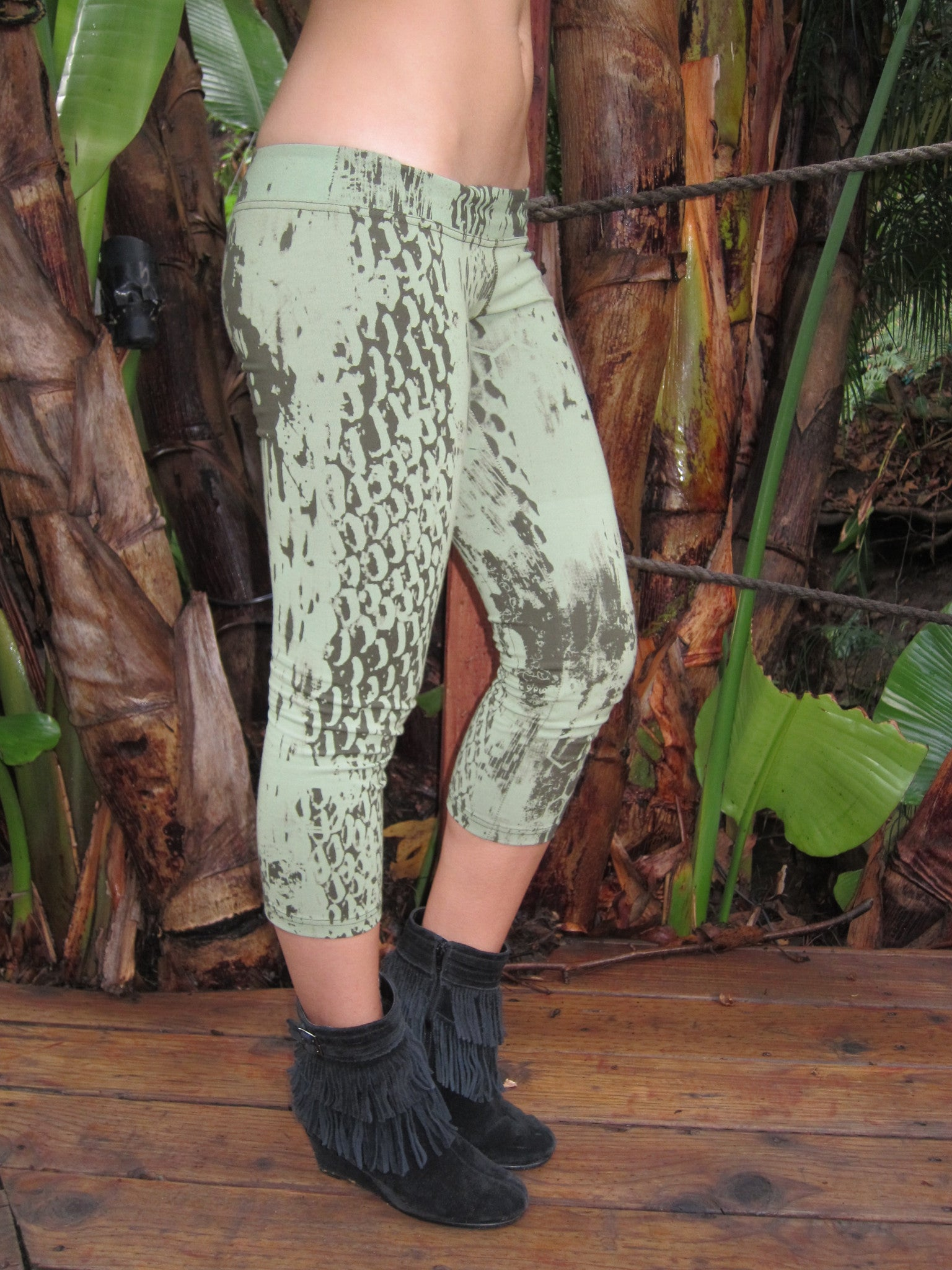 Organic ~ Light Green ~ Reptili Crop Pants