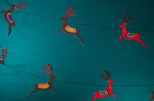 Load image into Gallery viewer, Reindeer Christmas Garland