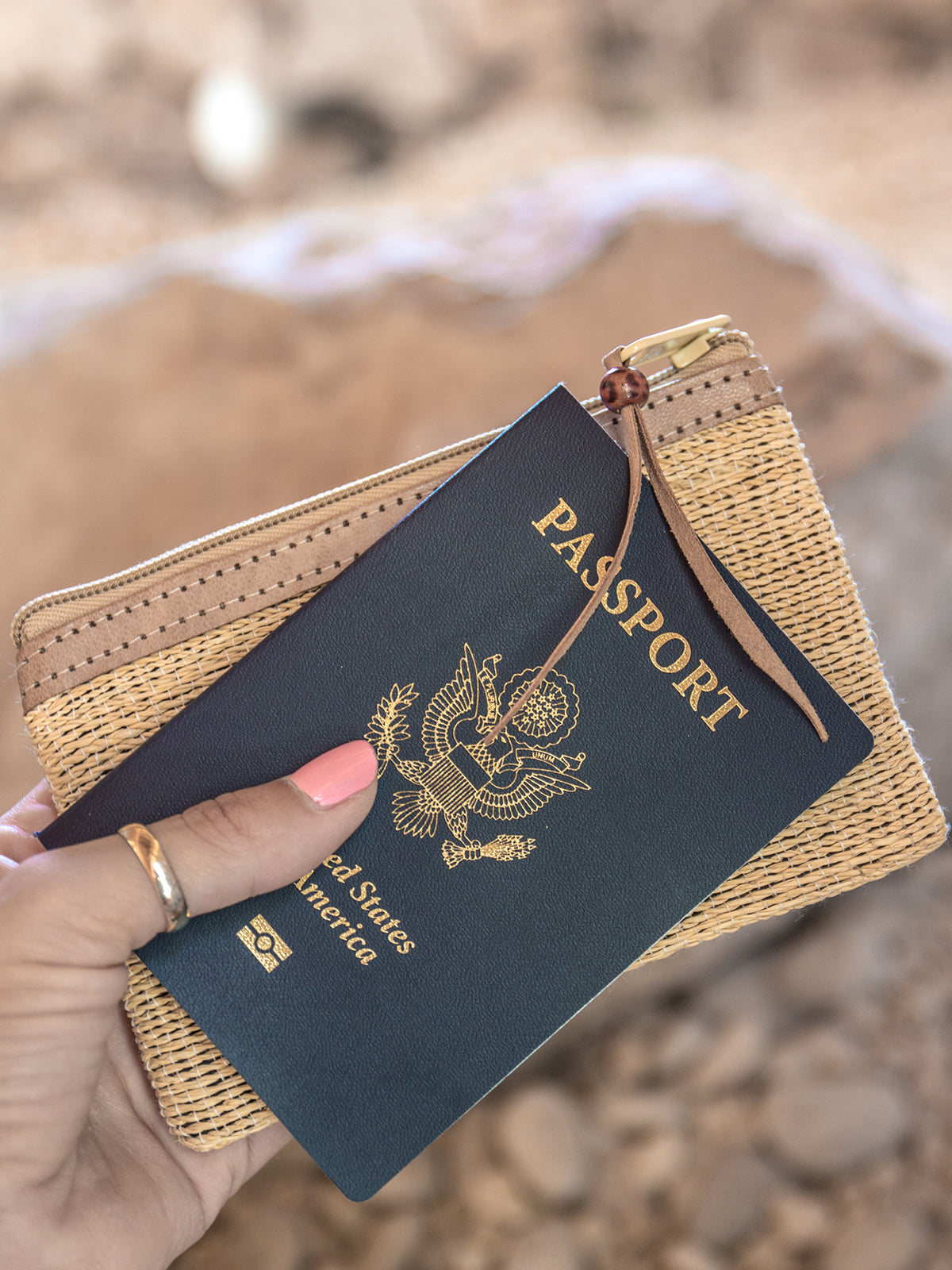 Jetsetter Passport Wallet Natural
