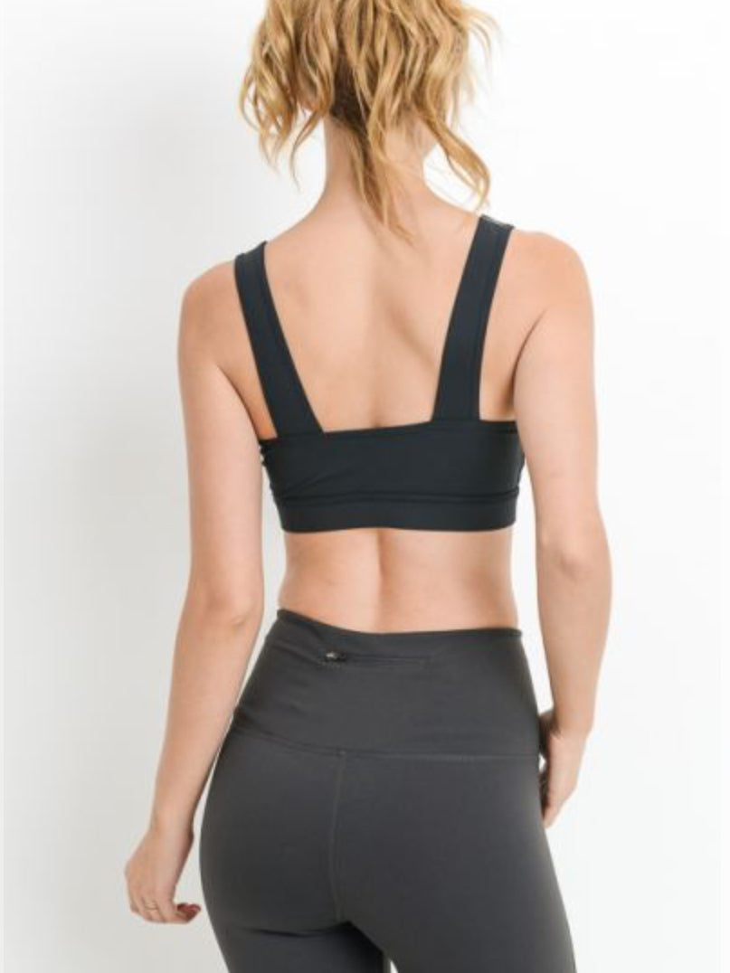 Southern Charm Twist Front Sports Bra Black