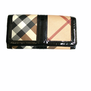 Primary Photo - BRAND: BURBERRY STYLE: WALLET SIZE: LARGE OTHER INFO: NOVA CHECK SKU: 223-22318-123717