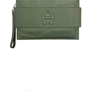 Primary Photo - BRAND: ETIENNE AIGNER STYLE: WRISTLET COLOR: SAGE SKU: 223-22318-106808