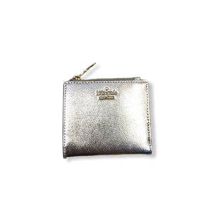 Primary Photo - BRAND: KATE SPADE STYLE: WALLET COLOR: SILVER SIZE: SMALL SKU: 223-22370-13320