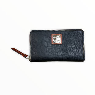 Primary Photo - BRAND: DOONEY AND BOURKE STYLE: WALLET COLOR: BLACK SIZE: SMALL SKU: 223-22370-16352