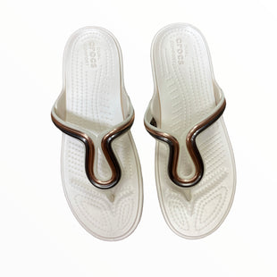 Primary Photo - BRAND: CROCS STYLE: SANDALS FLAT COLOR: BEIGE SIZE: 8 SKU: 223-22343-22855