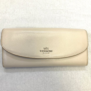 Primary Photo - BRAND: COACH STYLE: WALLET COLOR: CREAM SIZE: LARGE SKU: 223-22343-16767