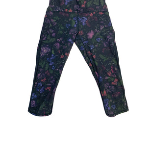 Primary Photo - BRAND: LULULEMON STYLE: ATHLETIC CAPRIS COLOR: FLORAL SIZE: 4 SKU: 223-22343-15199