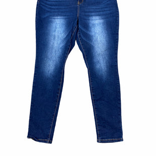 Primary Photo - BRAND:    CLOTHES MENTOR STYLE: JEANS COLOR: DENIM SIZE: 16 OTHER INFO: RAW 7 - SKU: 223-22343-20768