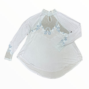 Primary Photo - BRAND: FREE PEOPLE STYLE: TOP LONG SLEEVE COLOR: BABY BLUE SIZE: M SKU: 223-22318-123375