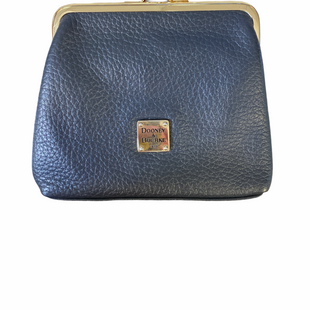 Primary Photo - BRAND: DOONEY AND BOURKE STYLE: COIN PURSE COLOR: NAVY SIZE: LARGE SKU: 223-22318-114838