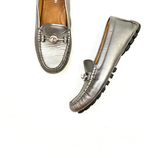 Primary Photo - BRAND: COACH STYLE: SHOES FLATS COLOR: METALLIC SIZE: 6 OTHER INFO: LT GREY SKU: 223-22343-15705