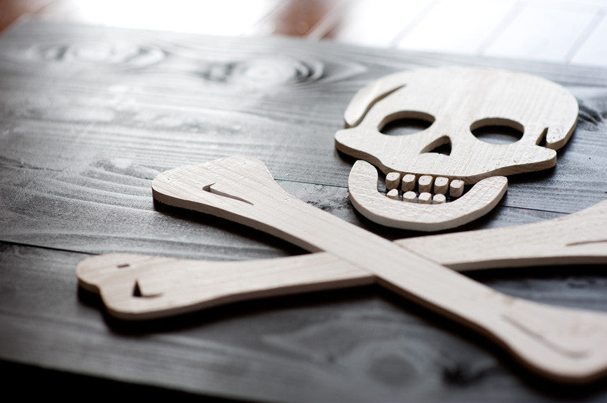 Pirate flag (skull and crossbones) from Patriot Wood