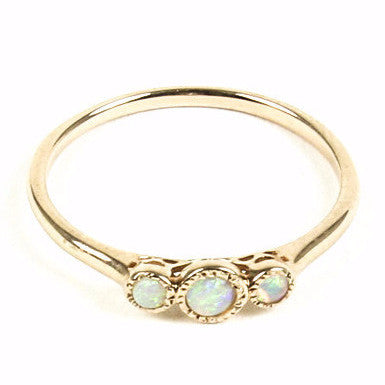 14K THREE STONE OPAL RING