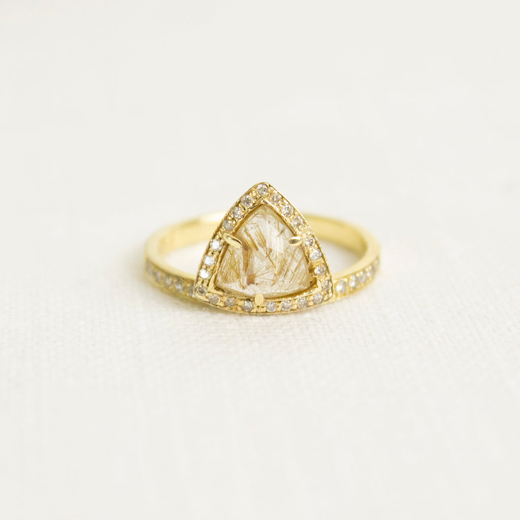 YG SMALL OFFSET GEMSTONE PYRAMID RING WITH PAVE DIAMONDS YG RUTILATED QUARTZ