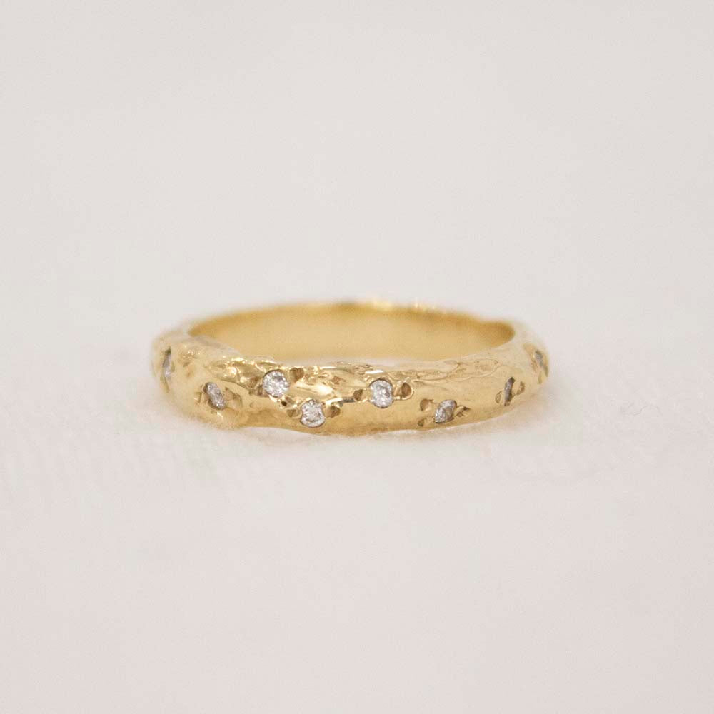 ODETTE LINE RING WITH DIAMONDS