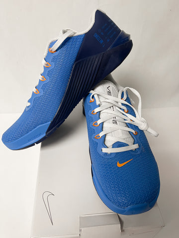 Blue Nike Shoes/ Size W6.5