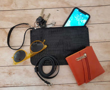 Load image into Gallery viewer, Russet Leather Belt Bag