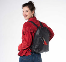 Load image into Gallery viewer, City Woman Black Leather Backpack